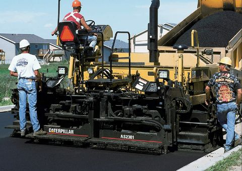Cat Asphalt Paver
